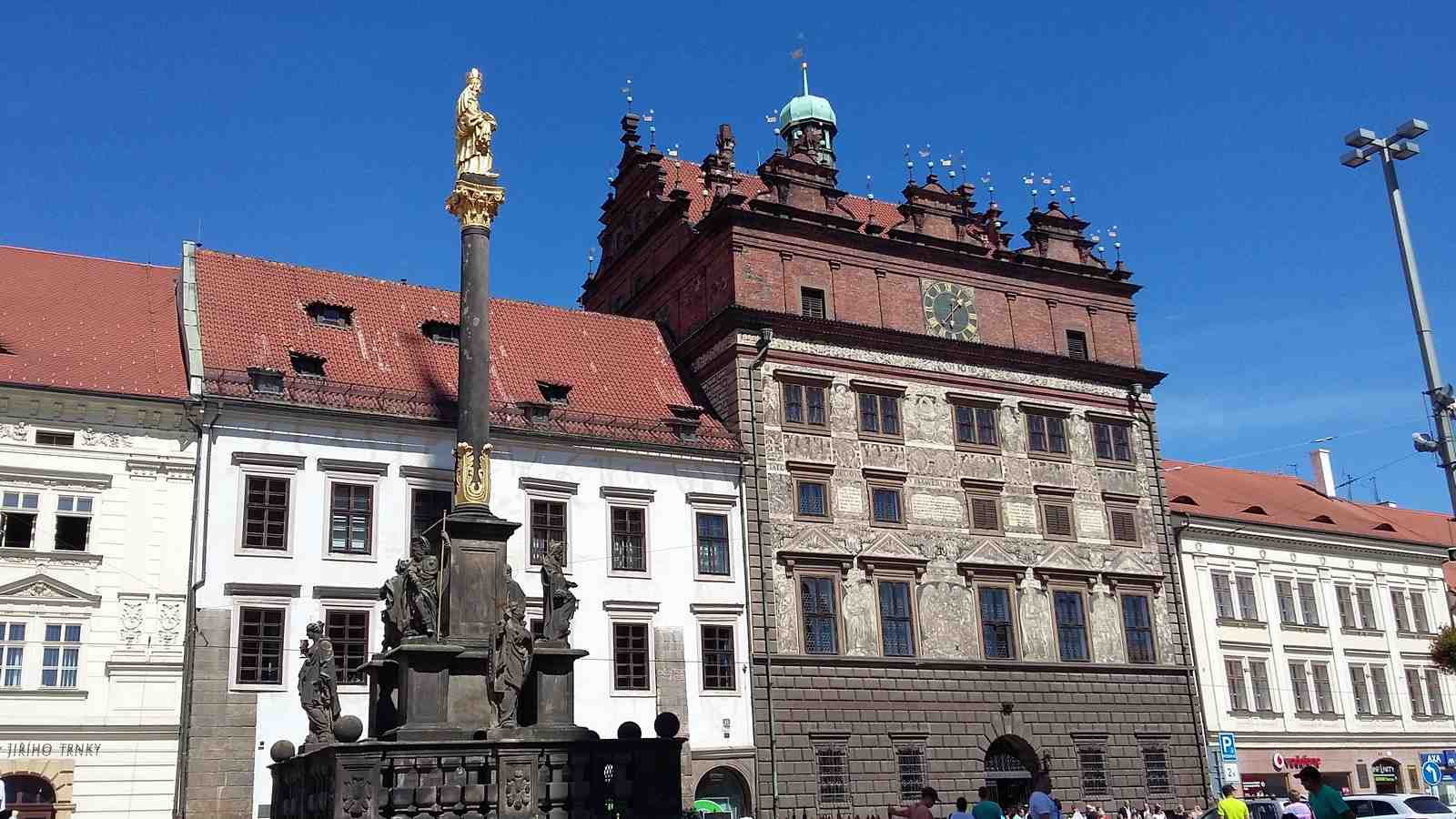 Pilsen sightseeings: The Plague Column on Republic Square in Plzeň