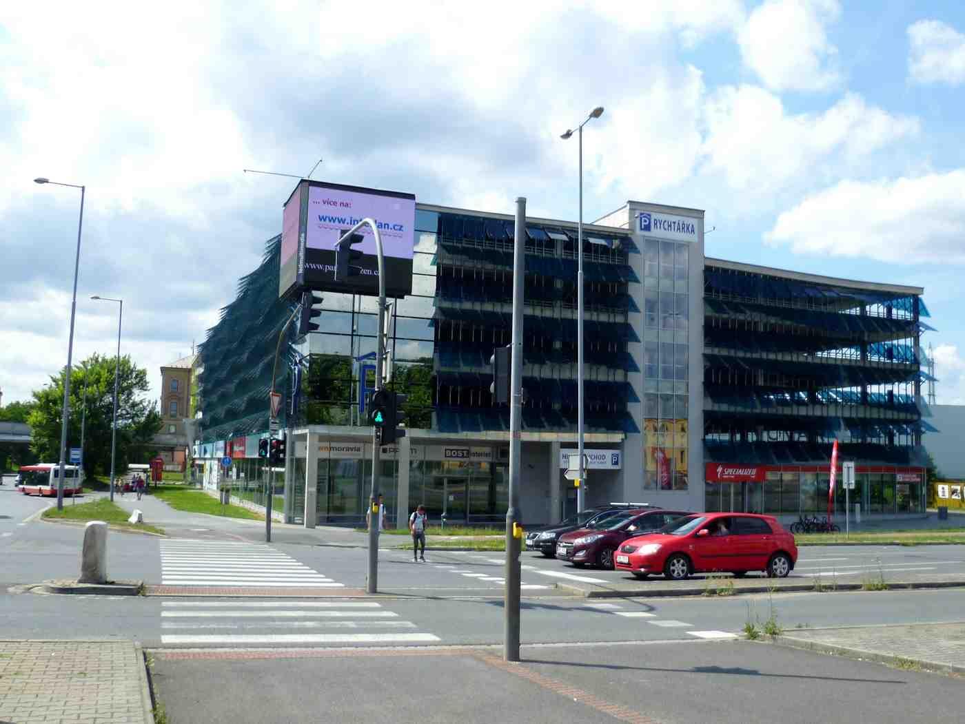 Где припарковаться в Пльзене Пльзень (plzen), Чехия Пльзень (Plzen), Чехия pilsen rychtarka parking